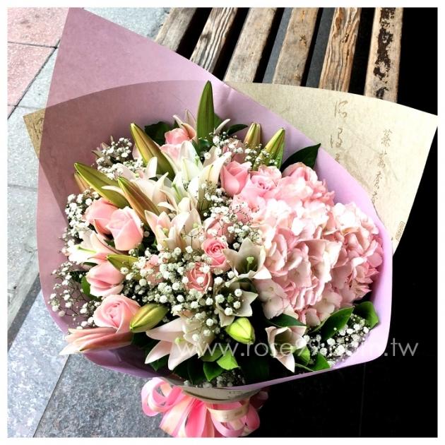 A023粉色優雅歐式花束 1