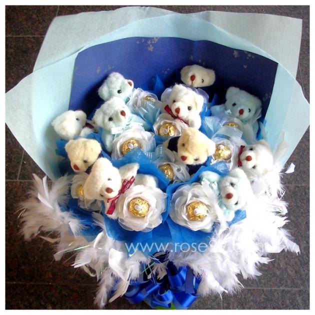 F003 藍色小熊金莎花束 1